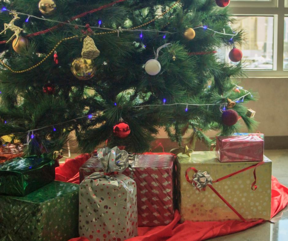 DWKMRS Holiday Giveback